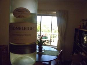 bottle of stoneleigh sauv blanc