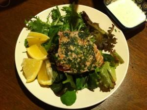 herb encrusted tuna with salad and wasabi mayonaise
